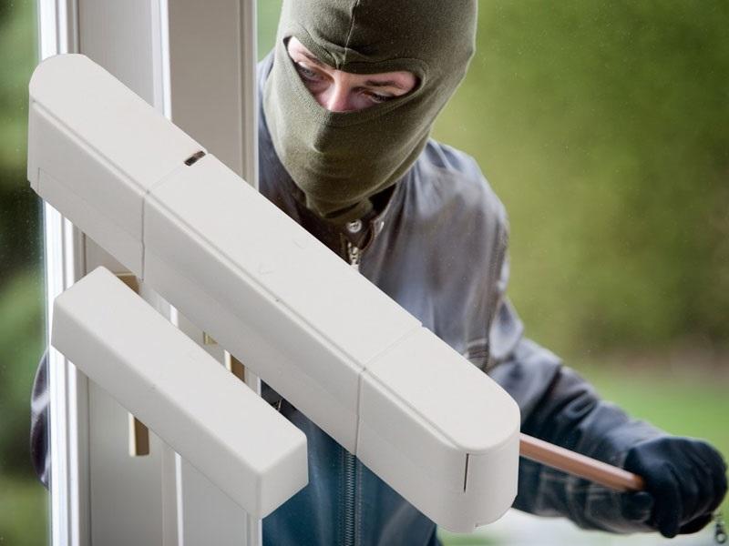 Protuprovalni senzori za zaštitu prozora, vrata, krovnog prozora...